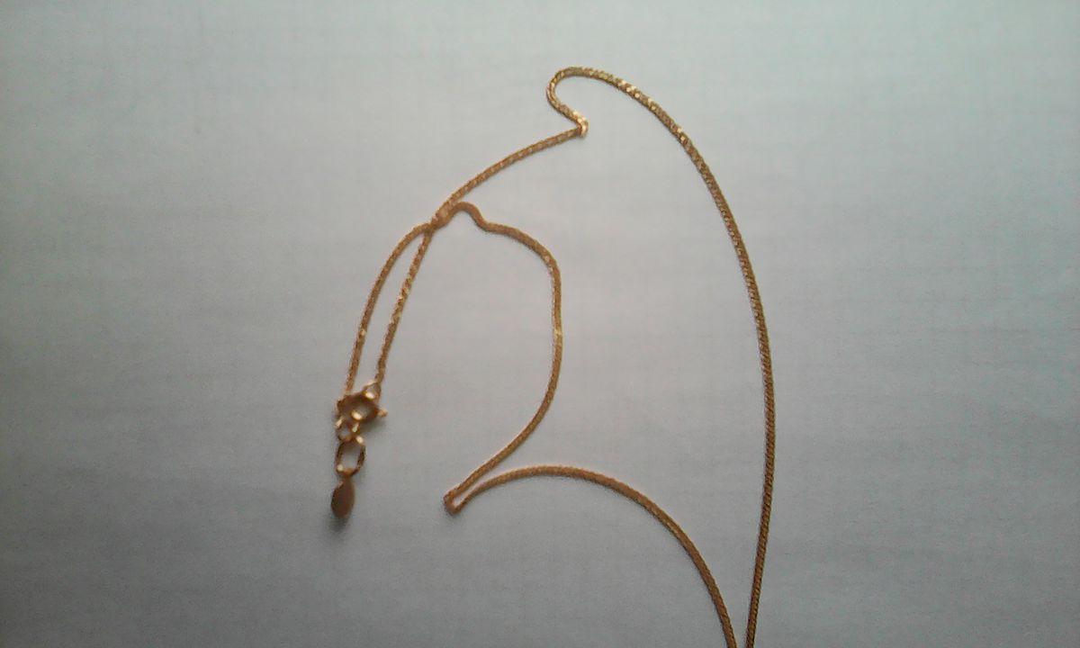 Золотая цепочка к маленькому крестику