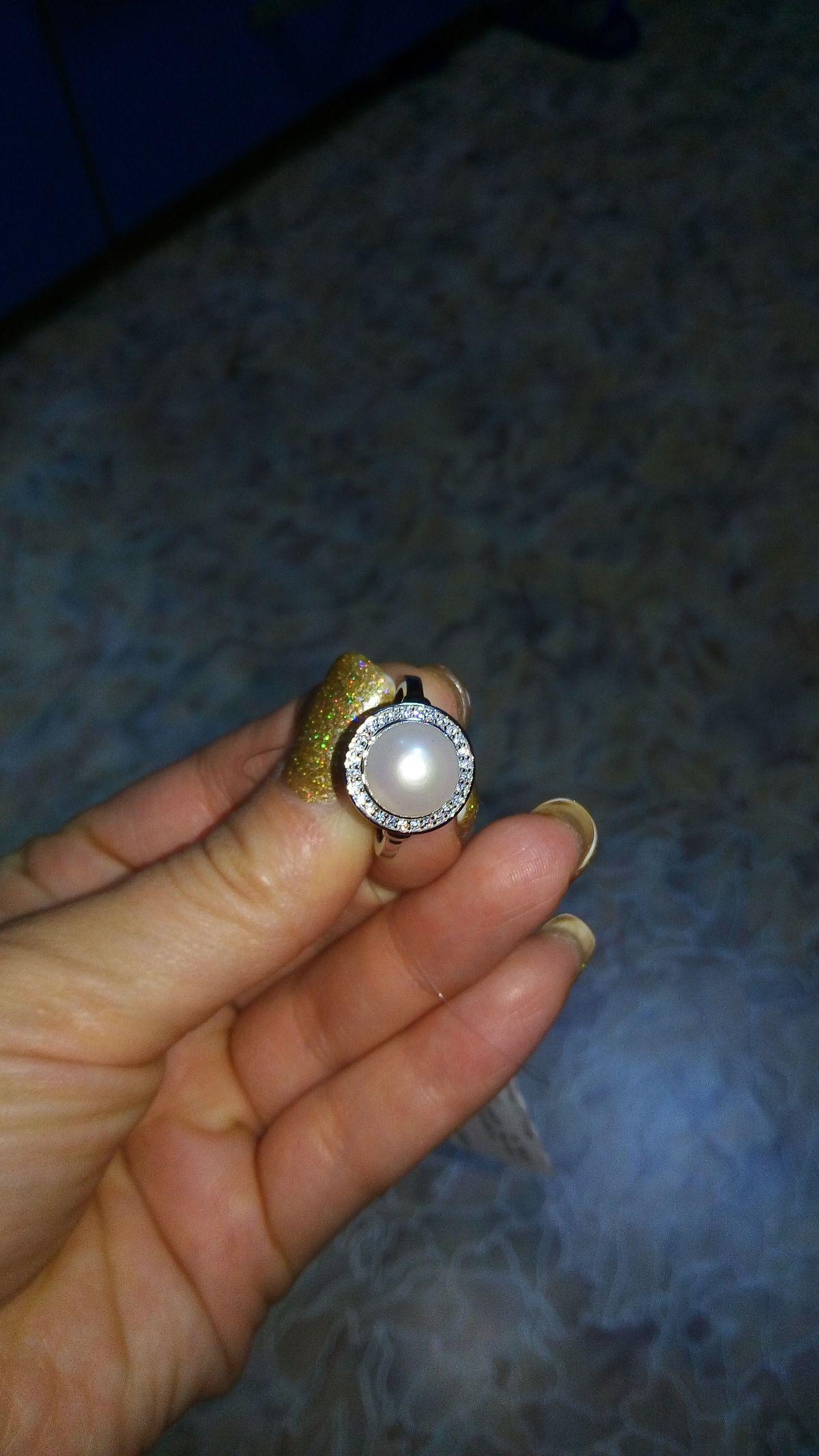 Купила кольцо, но продавец не озвучил, что оно не попадает под акцию