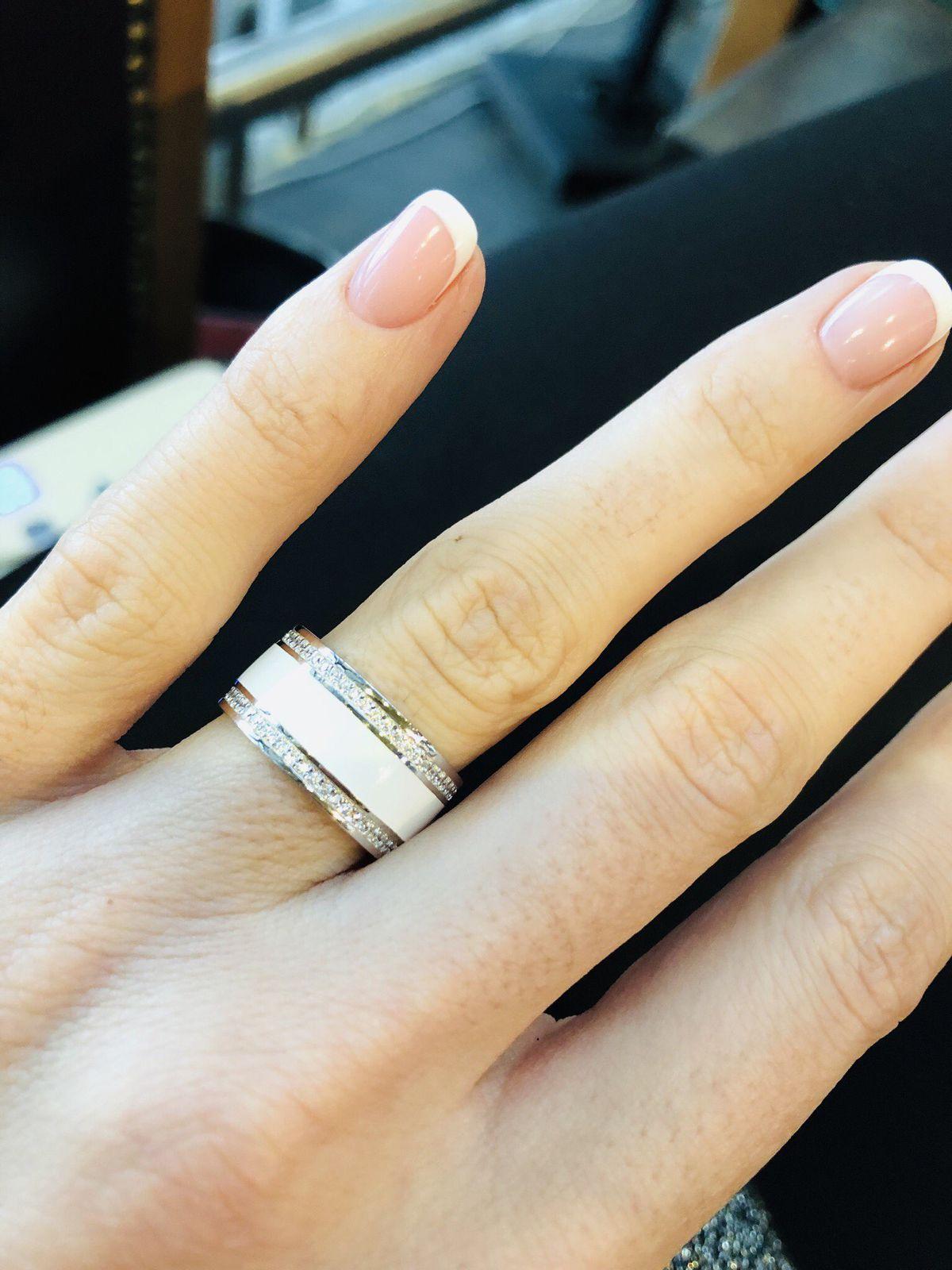 Изумительное кольцо