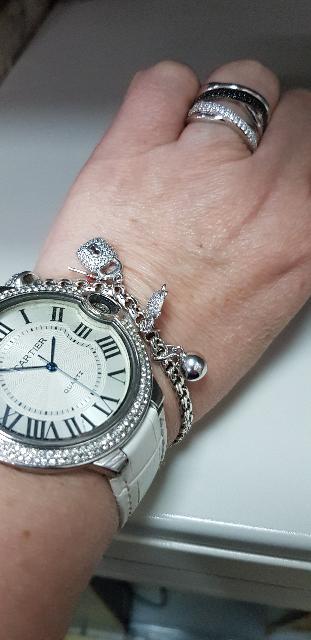 Кольцо из серебра с фиан тами