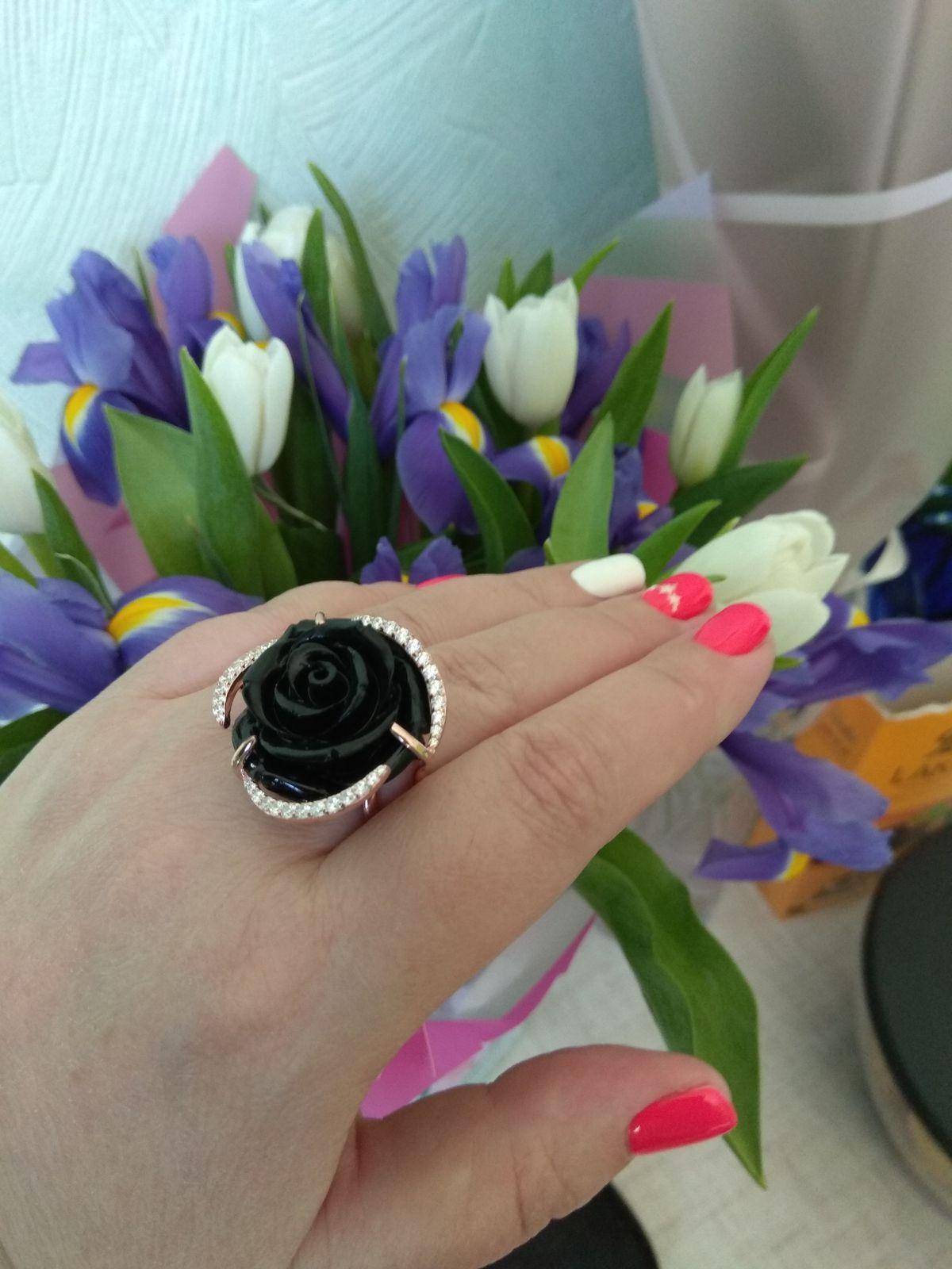 Кольцо роза.
