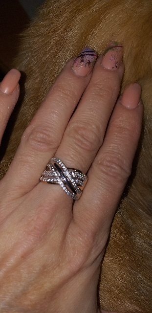 Интересное и весьма оригинальное кольцо.