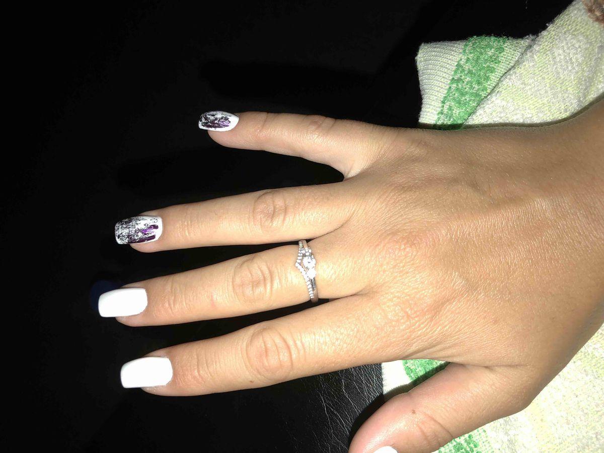 Серебряное кольцо со вставками из фианита в форме диадемыочень женственно