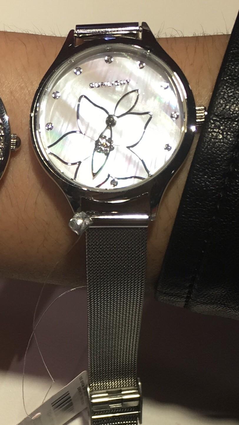 Часы брала на подарок сестренки