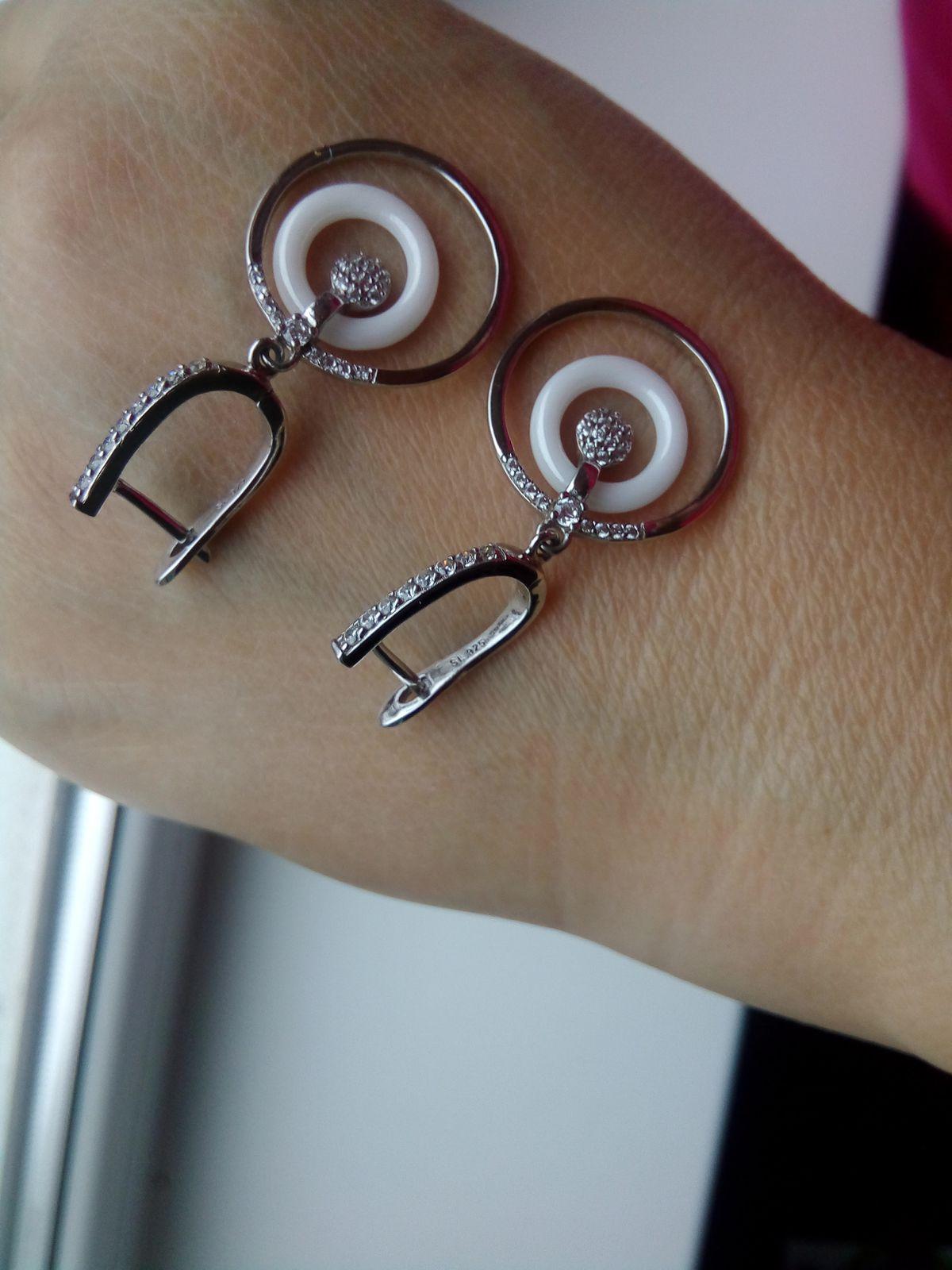 Современные сережки с керамикой