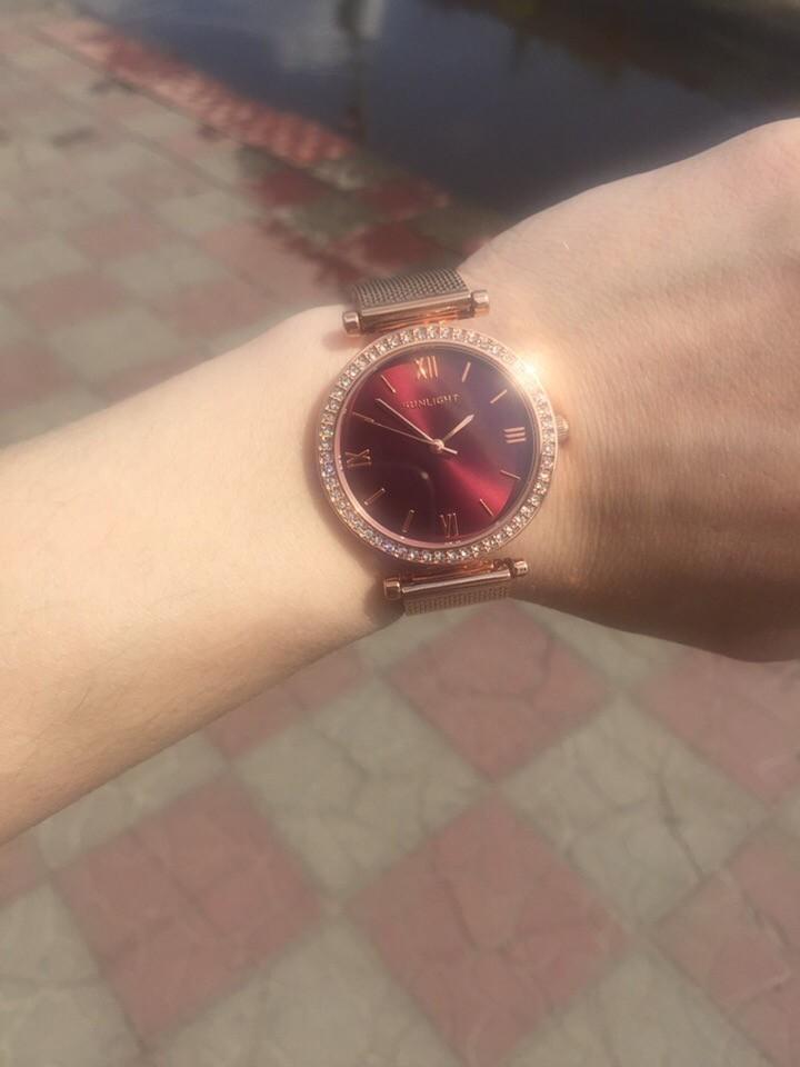 Изящные, стильные часы