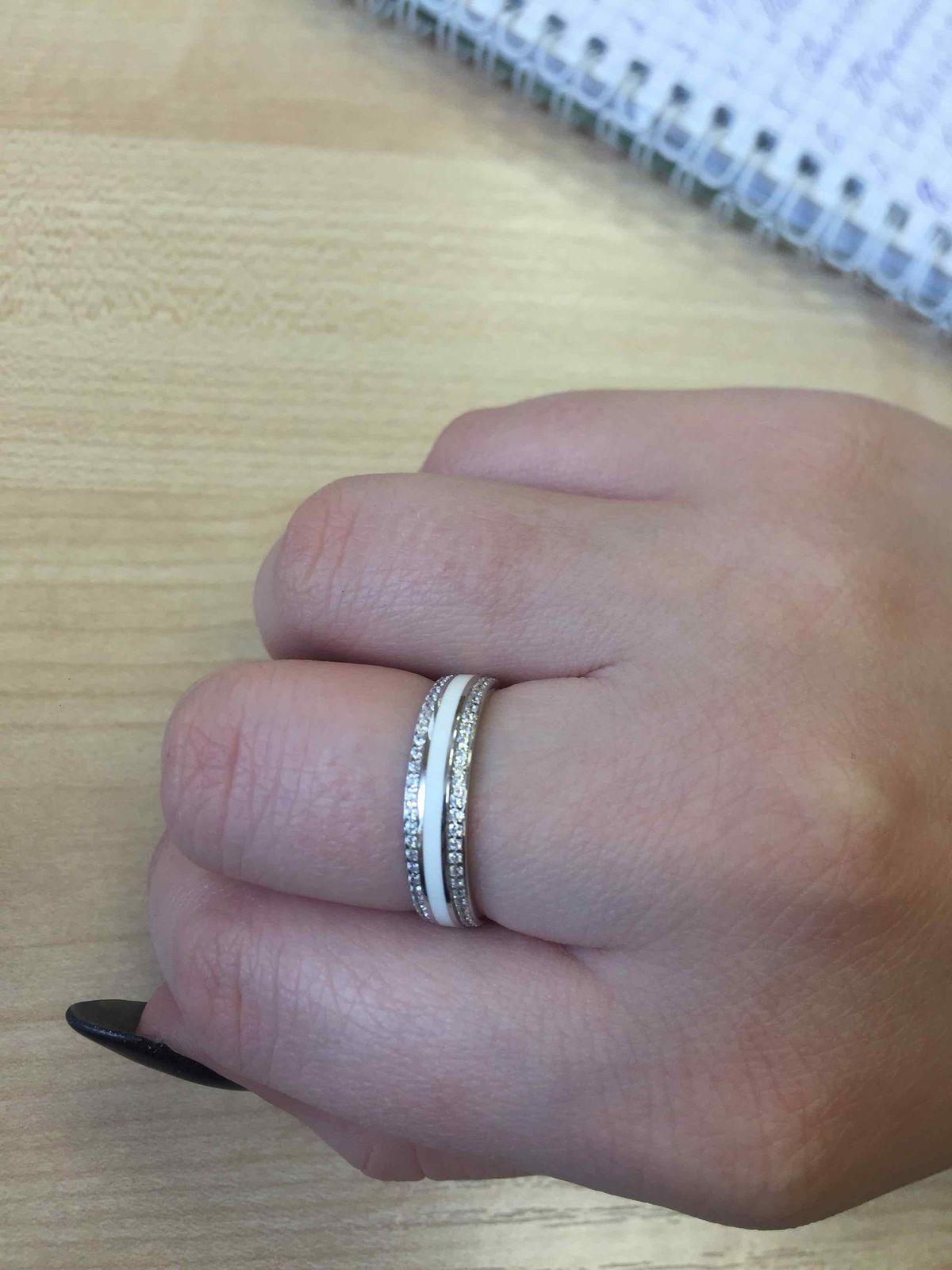 Прекрасное стильное кольцо