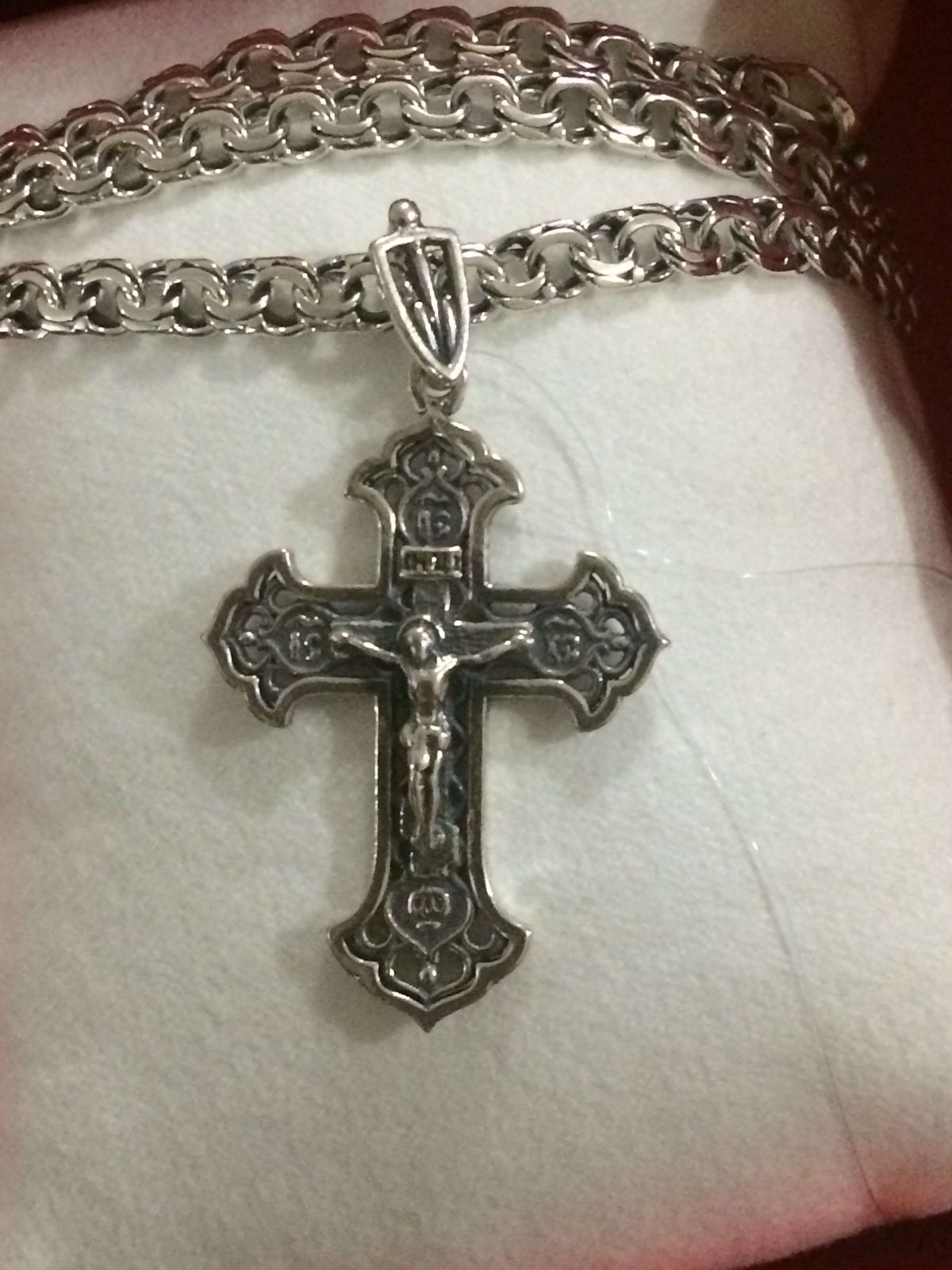 Нательный мужской крест