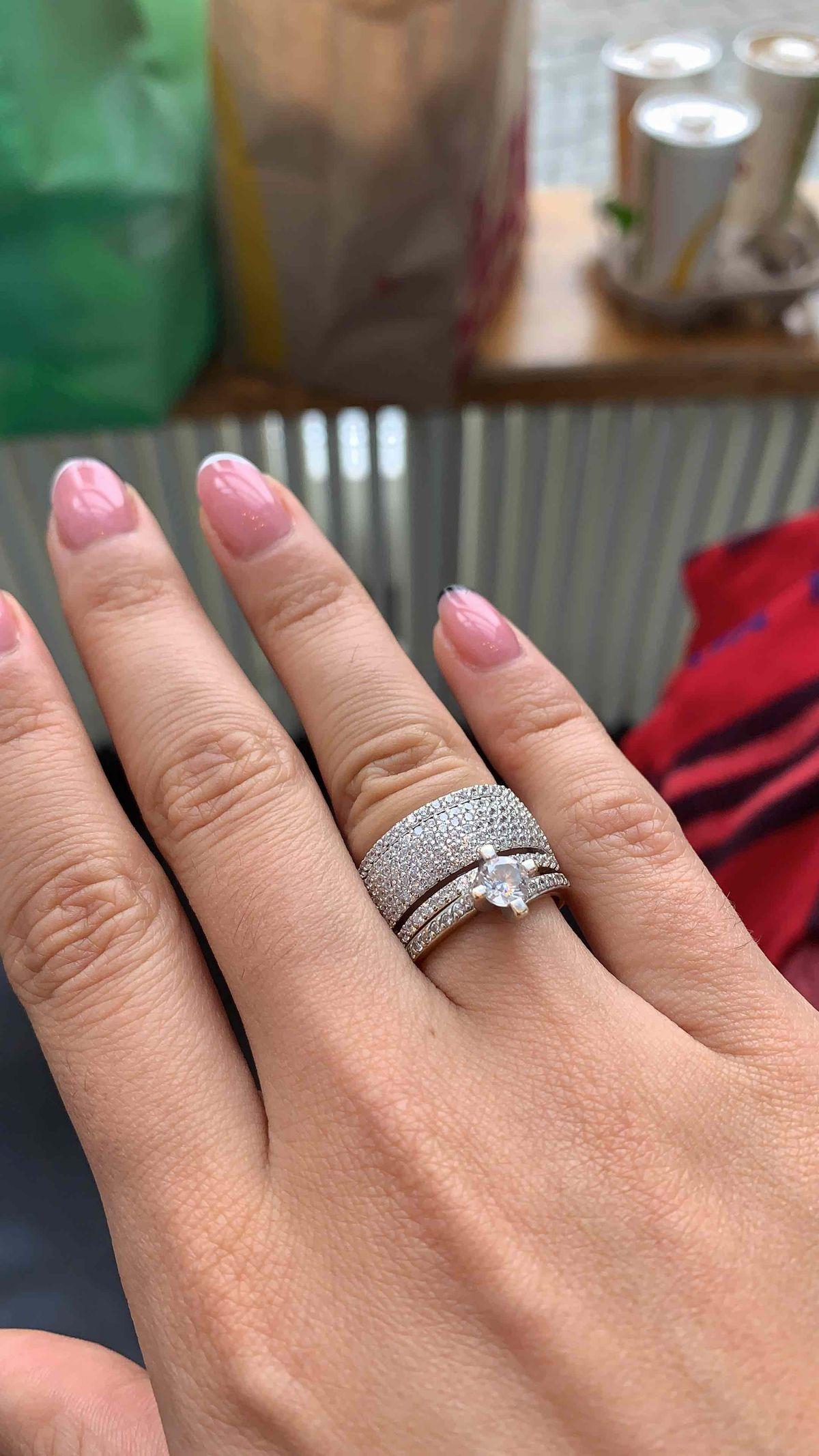 Кольцо в качестве обручального