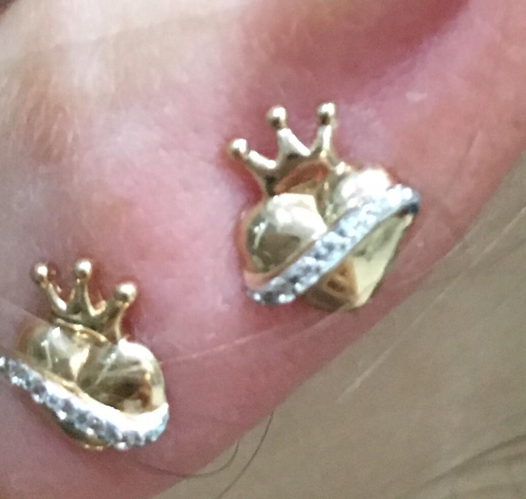 Сережки сердечко с короной.