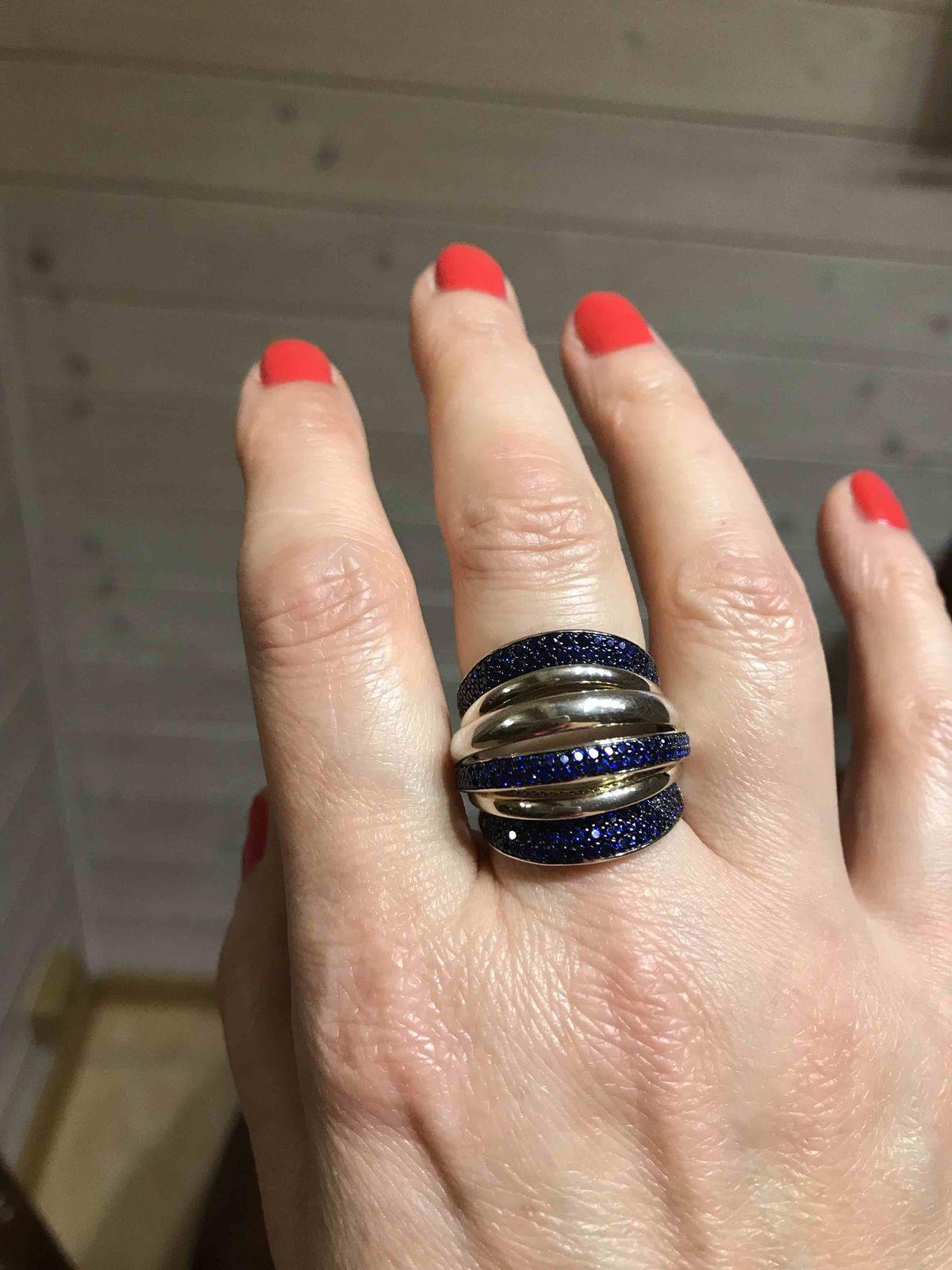 Шедевральное кольцо