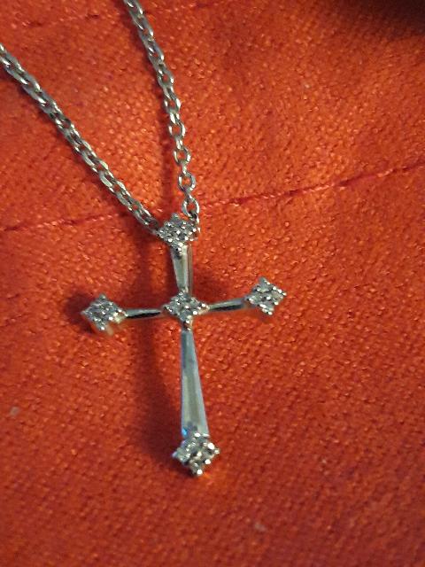Крестик с брилиантами