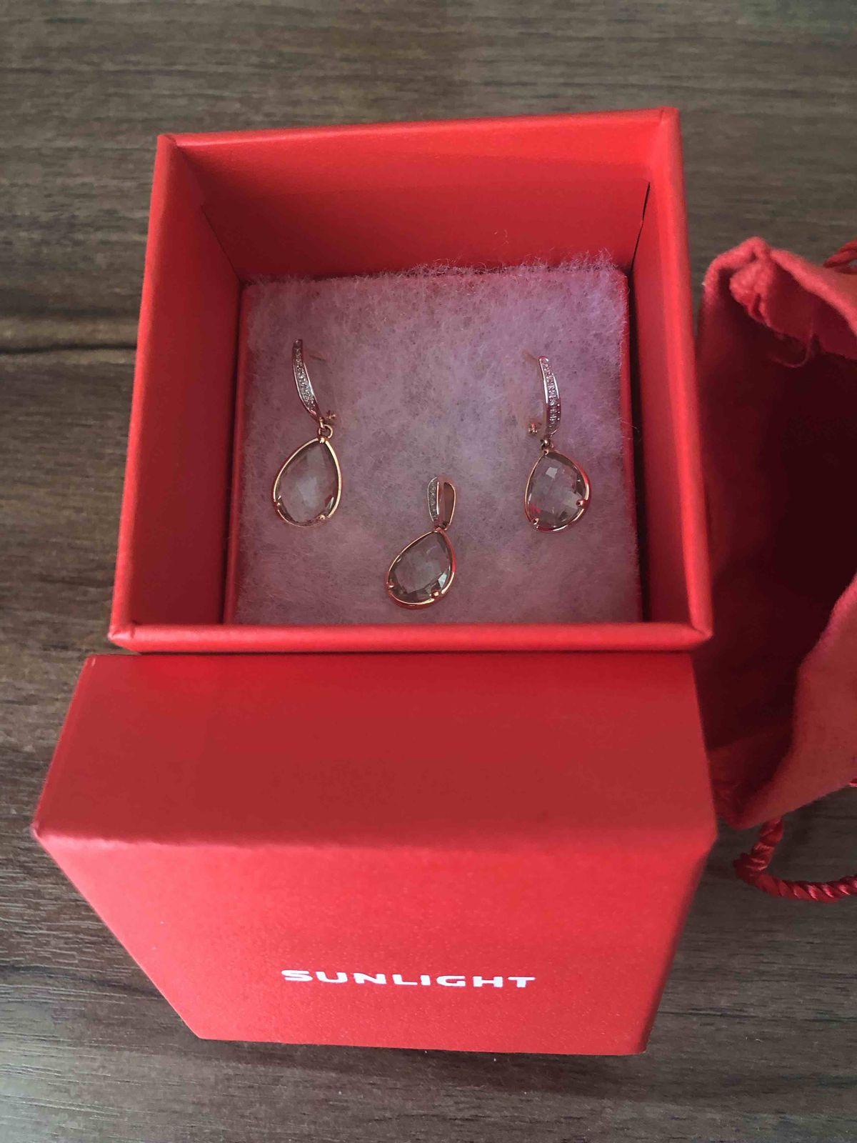 Аметистовые серьги с бриллиантами
