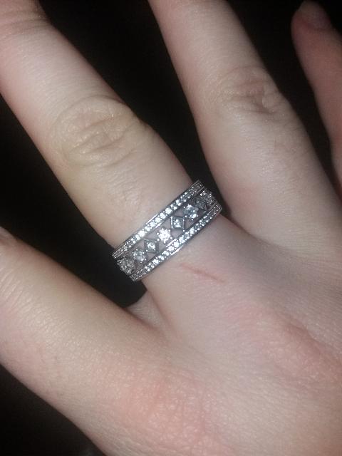 Красивое кольцо, но...