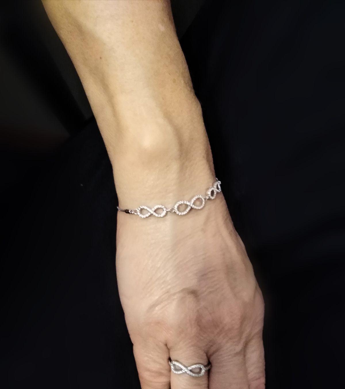 Приятное дополнение к моему кольцу с бесконечностью