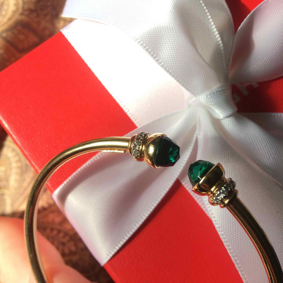 Лаконичный красивый браслет