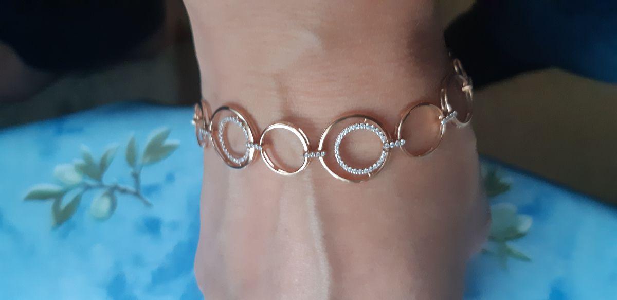 Безумно красивый и оригинальный браслет!