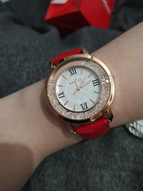 Прекрасные, женские часы